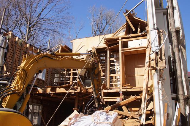 住宅の解体費用の目安とその業者の探し方